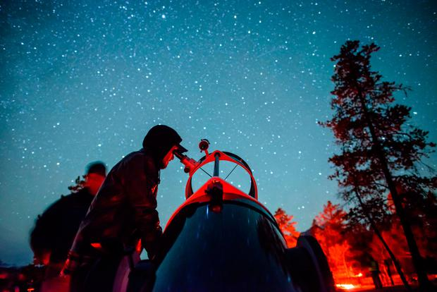 Stargazing in Jasper, CREDIT Tourism Jasper and Jeff Bartlett.jpg