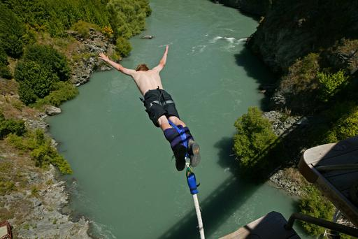 Bungee-jumping, Kawarau suspension bridge, founded by A J Hackett, Queenstown