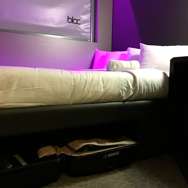 blochotel bed.png