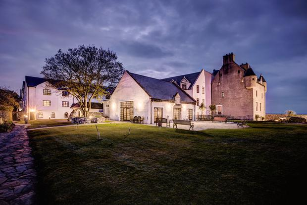 33002_Ballygally Castle - At night.jpg