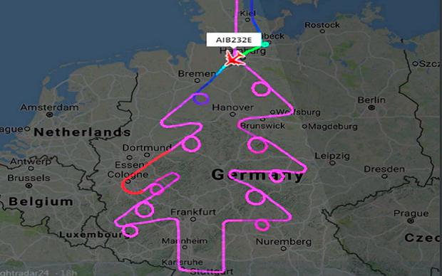 A pilot flying an Airbus A380 drew a Christmas tree over Germeny CREDIT: FLIGHTRADAR24