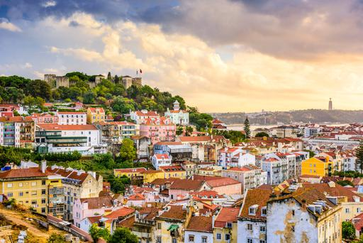Lisbon skyline: Sao Jorge Castle at dusk.