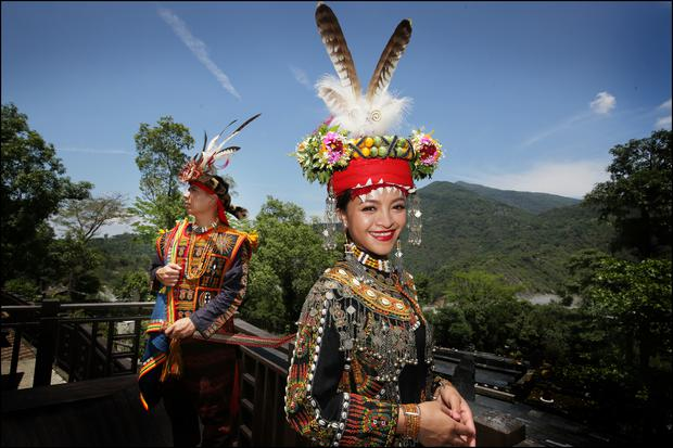 Happy couple Makeskes and Ljavaus celebrate their engagement by posing for 'Sunday Independent' Photography Editor David Conachy in Taiwan Indigenous Peoples Cultural Park