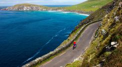 Spectacular cycle: Slea Head at the tip of the Dingle Peninsula