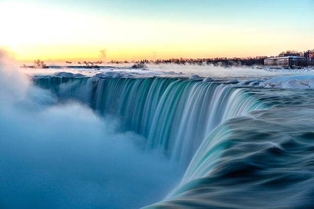 Natural spectacle: Niagara Falls