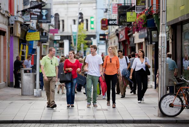 Shopping in Cork. Photo: Fáilte Ireland