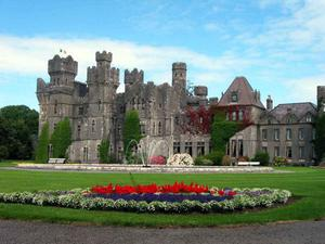 Ashford Castle has again been recognised for its outstanding service and attention to detail.
