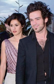 Romain Duris with Olivia Bonamy.