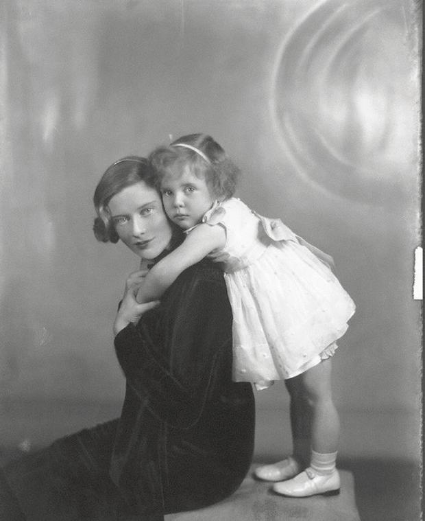 Photograph from the National Portrait Gallery, London - Maureen and Caroline in portrait