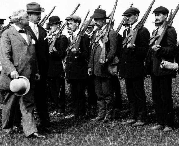 Irish Parliamentary Party leader John Redmond inspects Irish Volunteers