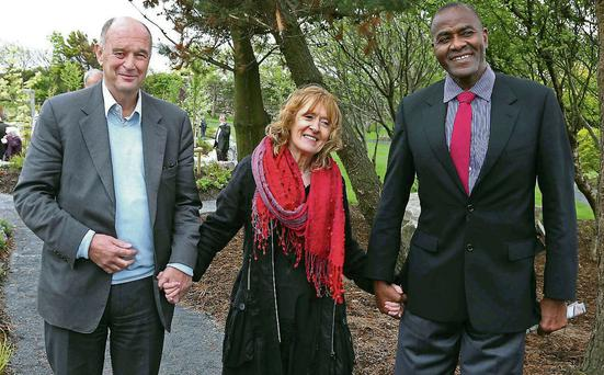 Martina Goggin, with Dr David Hickey and transplant recipient Kelvin Troy. Photo: Andrew Downes