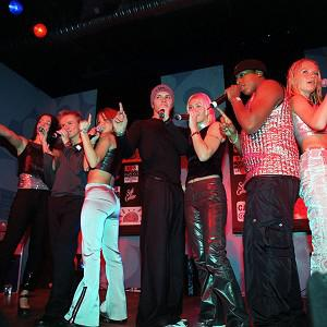 S Club 7 are reportedly reforming for a series of gigs