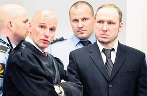 Defendant Anders Behring Breivik with his lawyer Geir Lippestad