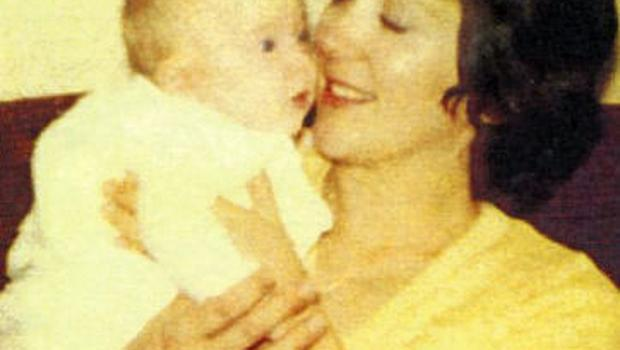 The perfect parent: Helen with her mum, Pat, in 1977.
