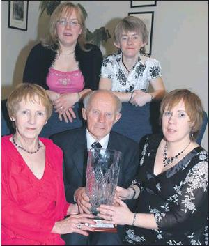The late Willie Neenan pictured after receiving the 2007 The Corkman Sports Star Hall of Fame in the presence of wife Marie, daughters Claire, Maeve and Tina. Credit: Photo by John Tarrant