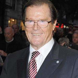 Sir Roger Moore still likes to flirt, according to his co-stars