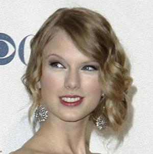 Taylor Swift's Fearless was the best-selling album of 2009 in the US