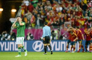 A dejected Robbie Keane after Spain's Fernando Torres scored his side's first goal after just four minutes. Photo: Sportsfile