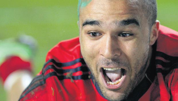 Simon Zebo is all smiles as he goes over for his third try