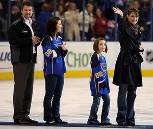 Hockey mom: Sarah Palin pictured with her famil at an ice hockey game. Photo: Getty Images