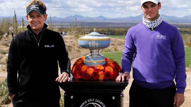 Winner Luke Donald and Martin Kaymer smile next to The Walter Hagen Cup Photo: Getty Images