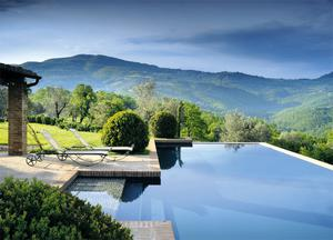The infinity pool at San Paolo