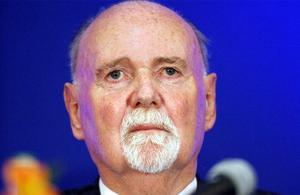 Michael Fingleton: has previously made an obligation to repay his €1m bonus