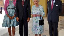 US President Barack Obama and first lady Michelle Obama pose with Queen Elizabeth and Prince Philip at Buckingham Palace. Photo: Reuters