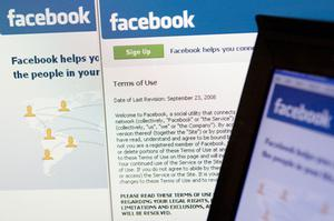 Facebook is the largest photo-sharing wesbite in the world. Photo: Bloomberg News