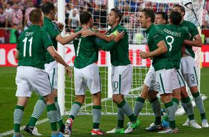 Ireland's Sean St Ledger (3rd R) celebrates his goal with team mates