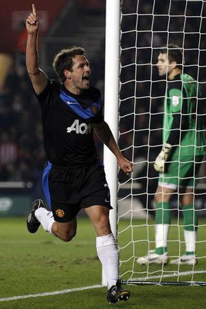 Manchester United's Michael Owen celebrates after scoring against Southampton during their FA Cup clash at St Mary's Stadium on Saturday. Photo: Reuters