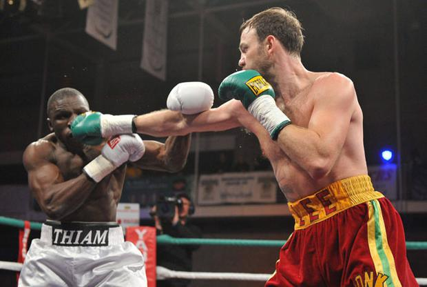 Andy Lee lands a jab against against Mamadou Thiam during their middleweight bout in Limerick on Saturday. DIARMUID GREENE/SPORTSFILE