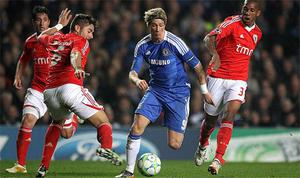 Chelsea's Fernando Torres (2nd right) takes on Benfica's Conceicao Emerson (right) and Francisco Javi Garcia during the UEFA Champions League match at Stamford Bridge, London. Photo: Press Association