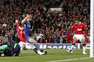 Javier Hernandez scored his  18th goal in only 20 starts for Manchester United on Tuesday night against Chelsea. Photo: Reuters
