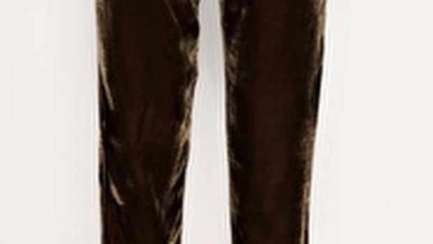 These velvet soft trousers are perfect for hour glass shapes. €28 asos.com