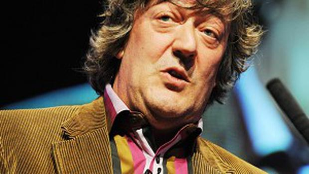 The BBC has apologised to Japan over jokes on QI, hosted by Stephen Fry