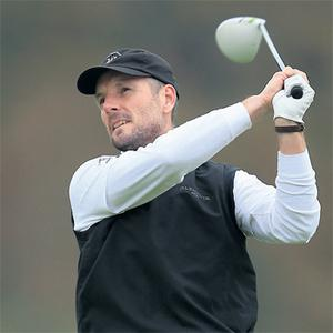 Watervillie's David Higgins has driven back into the big-time by regaining his European Tour card after making the top 25 at the Q-School in Spain