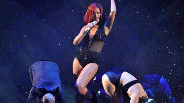 Rihanna performs on stage. Photo: Getty Images