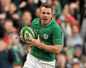 Tommy Bowe goes over to score a try