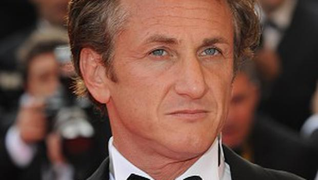 Sean Penn will receive an award from the Guild