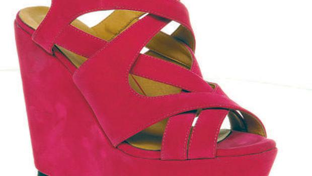 WIND-UP WEDGE: €80, Office