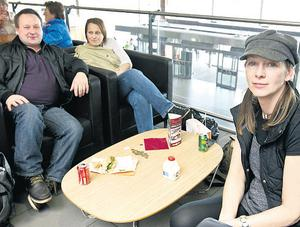 Joseph Gorman, Pauline Gorman and Lesley Matthews from Glasgow at Dublin Airport yesterday after their flight was cancelled