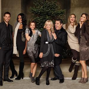 Jamie Redknapp, VV Brown, Dannii Minogue, Twiggy, Peter Kay, Ana Beatriz Barros and Lisa Snowden starred in last year's M&S Christmas ad