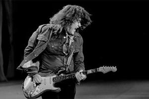 Rory Gallagher at Self Aid in 1986