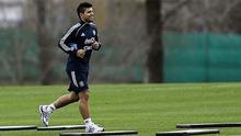 Manchester City's Sergio Agüero, seen here training with Argentina, is hoping he can be passed fit to face Real Madrid
