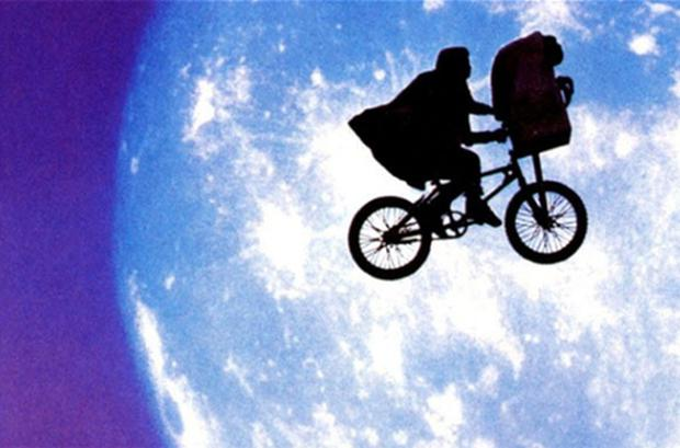 ET: the Extra-Terrestrial will make a festive appearance