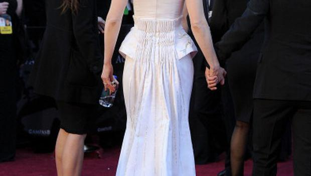 HOLLYWOOD, CA - FEBRUARY 27:  Actress Nicole Kidman arrives at the 83rd Annual Academy Awards held at the Kodak Theatre on February 27, 2011 in Hollywood, California.  (Photo by Frazer Harrison/Getty Images)