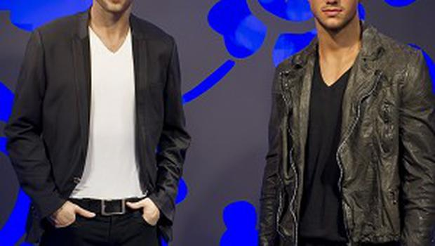 Taylor Lautner's waxwork has taken its place next to Robert Pattinson's likeness