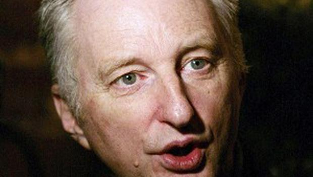 Billy Bragg visited a library to help campaigners who want to keep it open