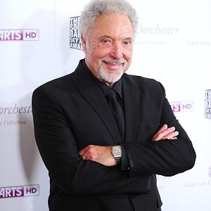 Sir Tom Jones makes fun of himself in the promo for his new record
